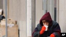 اسٹریٹ سینس ۔۔۔ بے گھر افراد کا اخبار