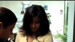 2012-08-10 美國之音視頻新聞: 墨西哥女毒販被引渡到美國受審