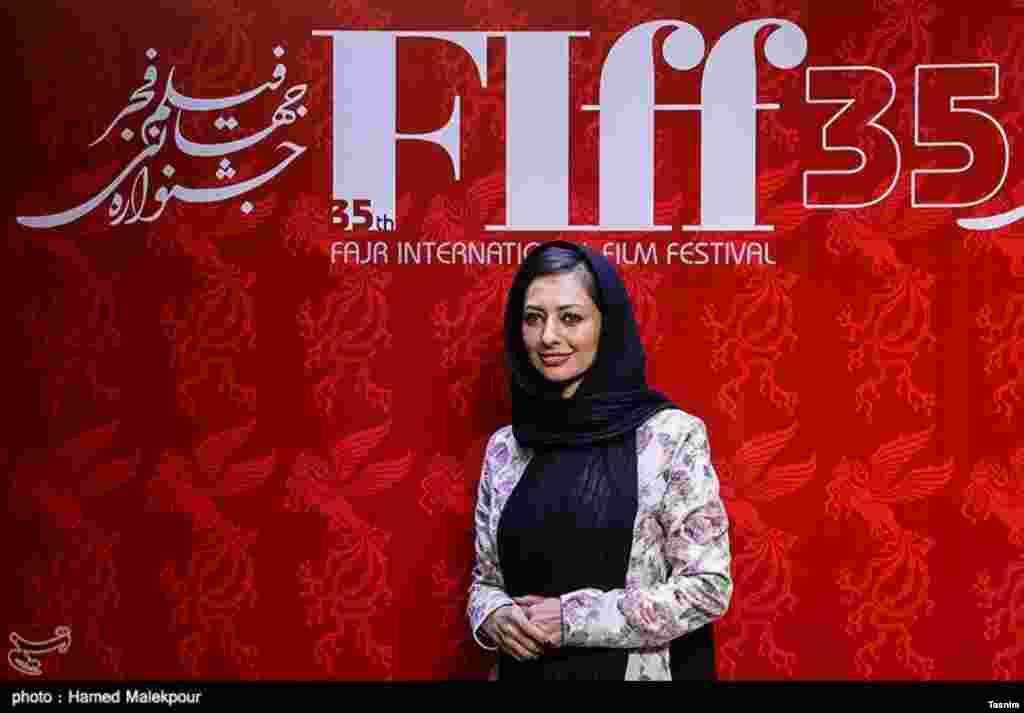 حضور نفیسه روشن در ششمین روز از جشنواره جهانی فیلم فجر عکس: حامد ملک پور