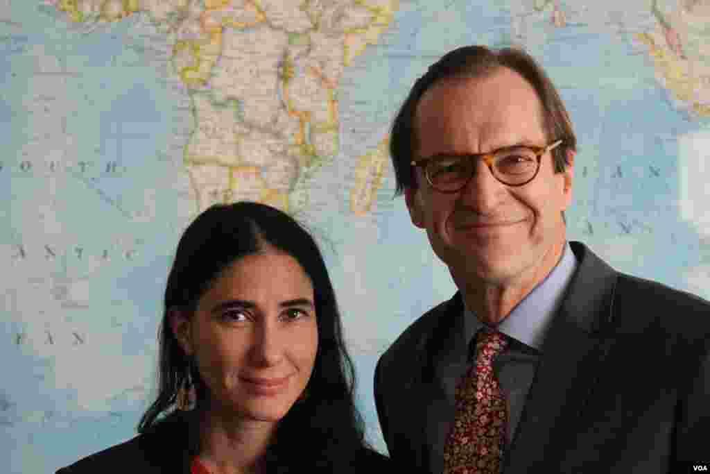 Yoani Sánchez y David Ensor, director de la Voz de América.