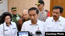 ARSIP - Presiden Jokowi di Bandara Internasional Hang Nadim Kota Batam Kepulauan Riau Kamis 23 Maret 2017 mengutuk keras aksi teror di London Inggris. (Foto: Biro Pers Kepresidenan)