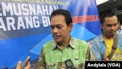 Deputi Bidang Pemberantasan Badan Narkotika Nasional Irjen Polisi Arman Depari di kantor BNN Jakarta, 31 Agustus 2016. (Foto: VOA/Andylala).