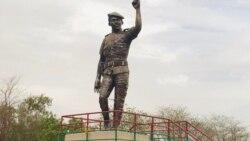 Le statue corrigée de Sankara dévoilée au Faso