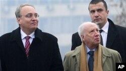 Што стои зад оптимизмот на посредникот на ОН? Метју Нимиц со македонскиот преговарач Зоран Јолевски