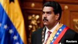 Ông Nicolas Maduro tuyên thệ nhậm chức tại Caracas sau cái chết của Tổng thống Hugo Chavez, 8/3/2013