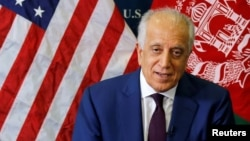 زلمی خلیلزاد، نمایندۀ خاص وزارت خارجۀ امریکا برای روند مذاکرات صلح افغانستان، برای پنجمین بار به منطقه سفر کرده تا گفتگو های صلح میان حکومت افغانستان و گروه طالبان به نتیجه برسد