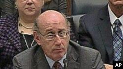 US 'Pay Czar' Proposes Executive Pay Cuts