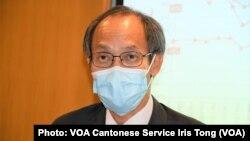 香港民意研究所行政總裁鍾庭耀表示,國安法的實施不容易改變香港人固有的價值觀, 他認為享受過自由思想的香港人,不容易走回頭路,亦不容易被洗腦 (攝影:美國之音湯惠芸)