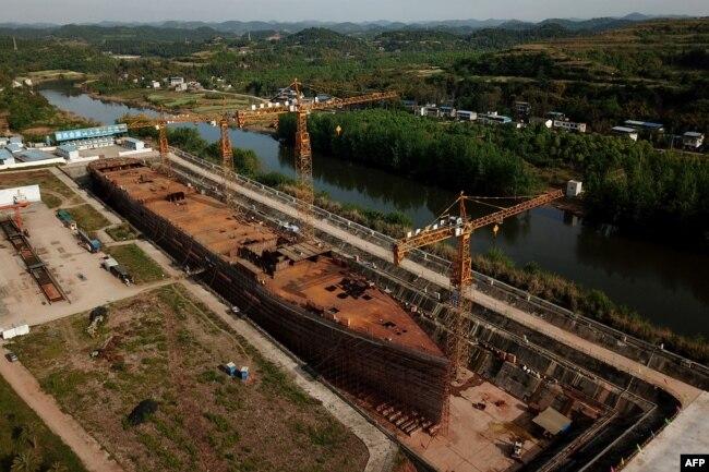 پروجیکٹ کی تیاری کے لیے 23 ہزار ٹن اسٹیل، سینکڑوں مزدور اور 15 اعشاریہ 35 کروڑ ڈالر کی لاگت آئی ہے۔