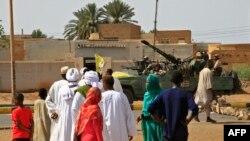 Abanyagihugu mu mabarabara ya Khartoum