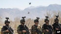 آرشیف: کوماندوی های افغانستان بیشترین عملیات نظامی را بر ضد طالبان و سایر گروه ها در آن کشور راه اندازی می کند