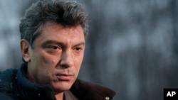 Boris Nemtsov, aherutse kugandagurwa i Moscou, mu Burusiya