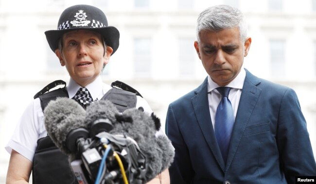 Mayor of London Sadiq Khan and Metropolitan Police Commissioner Cressida Dick visit the scene of the attack on London Bridge and Borough Market which left 7 people dead and dozens of injured in central London, Britain, June 5, 2017.