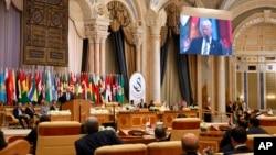 سخرانی دونالد ترامپ رئیس جمهوری ایالات متحده در نشست سران کشورهای عرب و مسلمان در ریاض پایتخت عربستان سعودی - ۳۱ اردیبهشت ۱۳۹۶