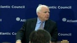 МаКейн радить США, що робити з Україною
