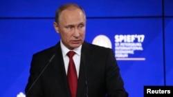 俄罗斯总统普京(资料照)