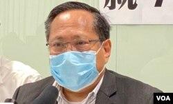 本身是执业律师的民主党前主席何俊仁表示,律政司由以往进展公平审判,变成前进重判,他形容是高压及仇视(美国之音/汤惠芸)