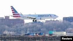 Một máy bay Boeing 737 Max 8 của hãng hàng không American Airlines.