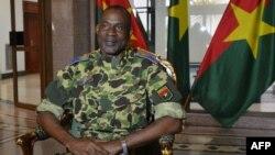 Komandan pasukan elit pengawal presiden Burkina Faso, Jenderal Gilbert Diendere (foto: dok).