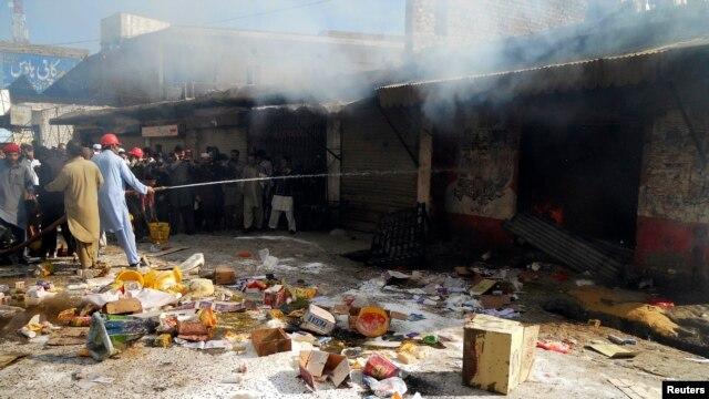 2F17CA1D 3A01 4A75 979A 08B3C82A0DE8 w640 r1 s - راولپنڈی میں مظاہروں کے پیش نظر عوام خوفزدہ