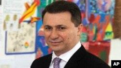 """Груевски: """"Не може да се преговара кој да ја има довербата од граѓаните. Тоа само граѓаните го одлучуваат. Но, може да се разговара за многу други работи што може да се разрешат со политички дијалог"""""""