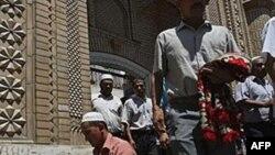 Корінне населення Сіньцзян-Уйгурського автономного району КНР переважно мусульманської релігії