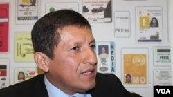 Víctor Isla, presidente del Congreso de Perú ofrece una entrevista a voanoticias.com de la Voz de América.