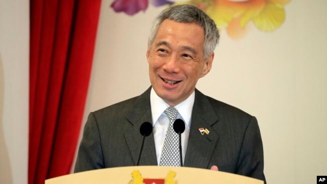 Thủ tướng Singapore Lý Hiển Long từng nhấn mạnh tầm quan trọng của việc tuân thủ luật pháp quốc tế ở biển Đông bất chấp Trung Quốc gạt bỏ phán quyết của Tòa trọng tài thường trực quốc tế ở La Haye.