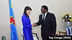 Nikki Haley e Joseph Kabila em Kinshasa