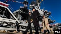 """El buque """"George H.W. Bush"""", es el décimo y último portaaviones nuclear de clase Nimitz que comenzaron a construirse en 1972."""