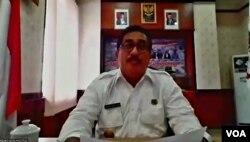 Pjs Wali Kota Gunungsitoli, Abdul Haris Lubis, membutuhkan kerja sama semua pihak untuk mengatasi kemiskinan akibat perebakan virus corona (Petrus Riski/VOA).
