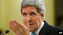 """Kerry testificará ante los legisladores para dar respuesta """"de una vez y por todas"""" a las interrogantes sobre el ataque."""
