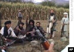 تازہ بیانات سے پاکستانی طالبان سربراہ کے حوالے سے مزید شکوک و شبہات