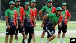 تیم ملی کریکت افغانستان حین اجرای تمرین