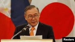 菲律賓外交大臣特奧多羅洛欽。