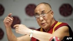 Ðức Ðạt Lai Lạt Ma, nhà lãnh đạo tinh thần của người Tây Tạng