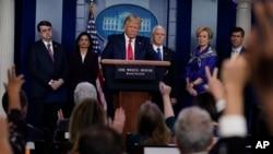 Predsjednik SAD Donald Tramp na konferenciji za novinare u Bijeloj kući (Foto: AP/Evan Vucci)