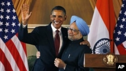 U.S. President Barack Obama, left, and Indian Prime Minister Manmohan Singh, embrace following a joint statement and press conference at Hyderabad House in New Delhi, India, Monday, Nov. 8, 2010. (file)
