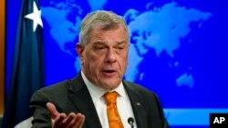 El responsable de Asuntos para el Hemisferio Occidental del gobierno de EE.UU., Michael Kozak, habló sobre la manera en que el gobierno en disputa de Venezuela maneja la crisis por coronavirus en el país latinoamericano.