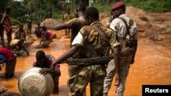 L'ancien chef rebelle tchadien Abdel Kader Baba Laddé se faisait passer, pour un officier de l'ex-Séléka en Centrafrique, selon la Minusca