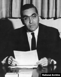 前美国大使安克志 (Leonard Unger) (图片来源:美国国家档案局NARA)