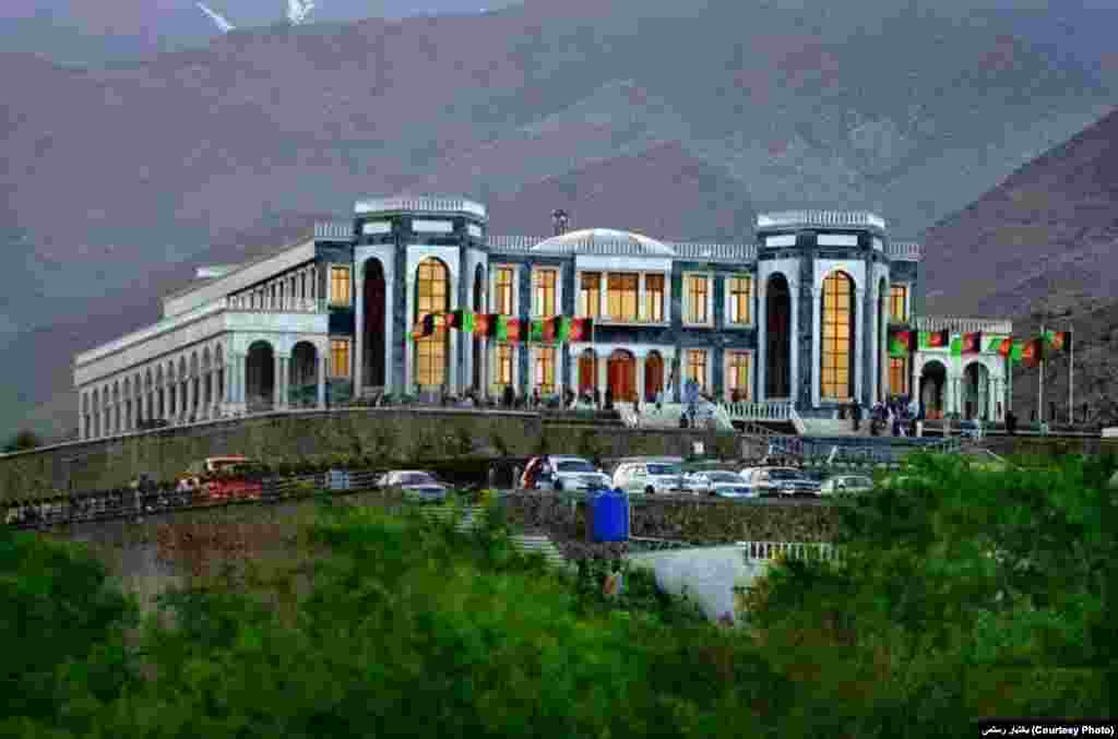 کاخ پغمان، کابل عکس ارسالی بختیار رستمی