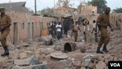 Plusieurs maisons ont été détruites dans l'explosion.