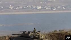 Izraelski vojnik na izraelsko sirijskoj granici