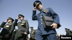 Các nhà lãnh đạo quân đội Trung Quốc tại Ðại lễ đường Nhân dân ở Bắc Kinh