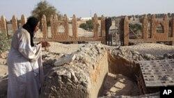 Restauração dos monumentos destruidos