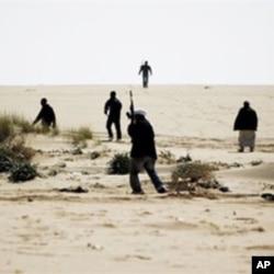 3月2日布雷加民众拿起武器迎击忠于卡扎菲的军队