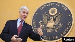 په افغانستان کې د امریکا سفیر راین کراکر