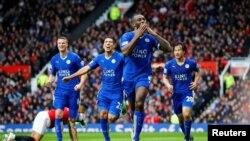Premier League ခ်န္ပီယံသစ္ Leicester City သတင္းဓါတ္ပံုမ်ား