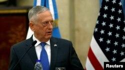 美國國防部長吉姆·馬蒂斯訪問拉丁美洲國家,8月15日在其中一站阿根廷發表講話。